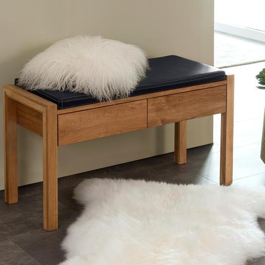 Banc en chêne L'intemporel banc en bois de chêne dans une version moderne et élégante.