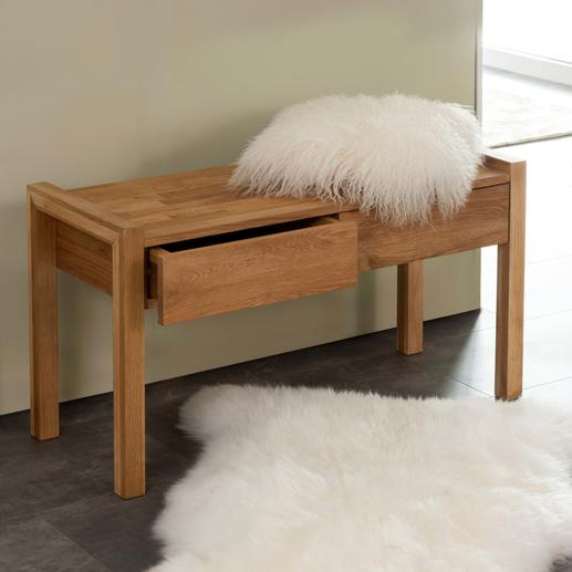 Un meuble qui attire le regard, même sans coussin.