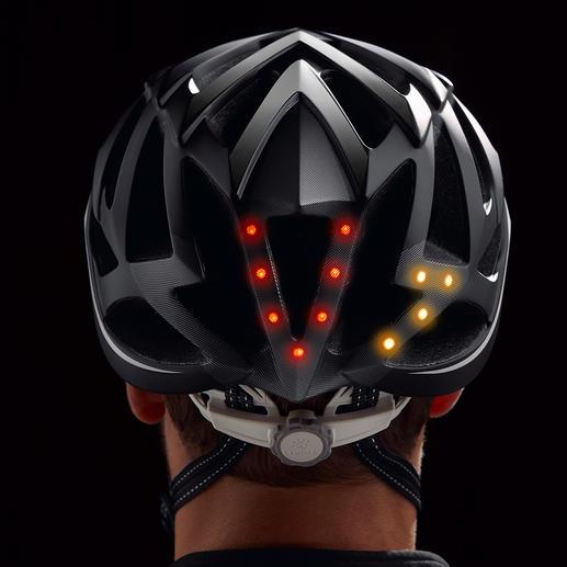 Nouveauté mondiale : le premier casque de vélo avec éclairage à 360°, automatisme jour/nuit, clignotant, signal lumineux et fonction SOS. Malin, stylé, sûr. Avec dispositif mains libres et télécommande Bluetooth.