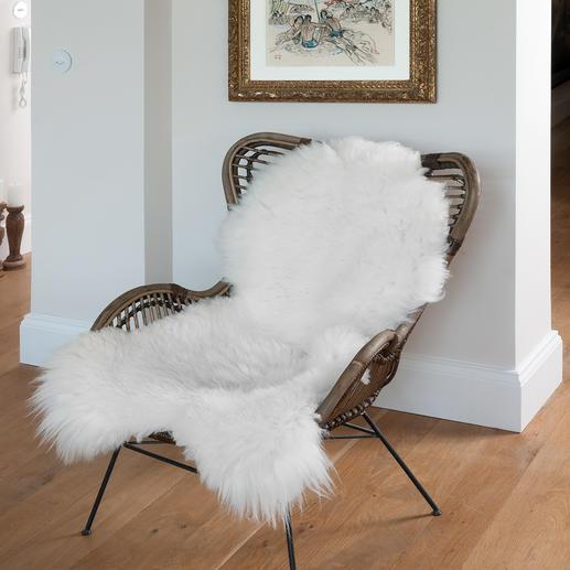 Fourrure de mouton luxe Très volumineuse, avec des poils denses et épais, et un format XL.