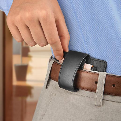À porter confortablement au niveau de la ceinture grâce au passant intégré.