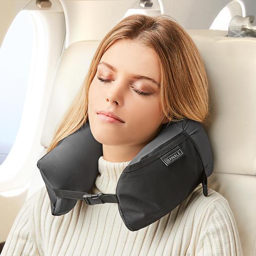 Coussin 3-en-1 Travel Pillow L'ingénieux coussin aux multiples fonctions. À la fois cale-nuque, coussin confort et surcoussin.
