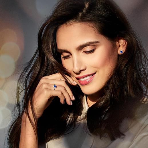 Bague ou Clous d'oreilles saphir - Un duo qui brille également par son prix : bijoux en véritable saphir et diamant.