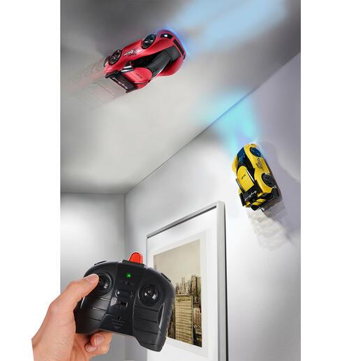 Climbing Race Car, lot de 2 pièces De passionnantes compétitions automobiles sur les murs et le plafond.