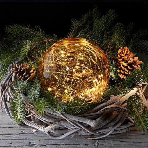 Boule en verre avec micro-LED Une lumière magique de la finesse d'une poussière d'étoiles, le tout emprisonné dans du verre teinté.