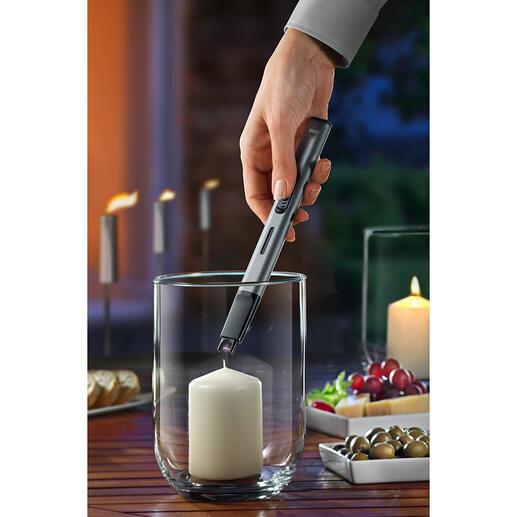 Briquet « Blitz » Le briquet à arc électrique au lieu d'une flamme.