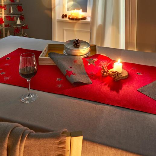 Chemin de table Magie étoilée et Sets de table Fabriqué en deux épaisseurs, avec superbe broderie d'étoiles et broderie ajourée.