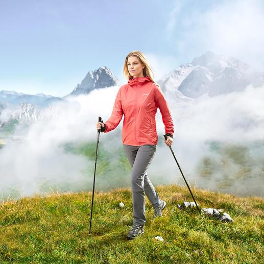 Veste femme Berghaus Hyper 140 Poids plume, parfaitement étanche, ultra résistante, idéale pour l'alpinisme, la randonnée, le cyclisme …