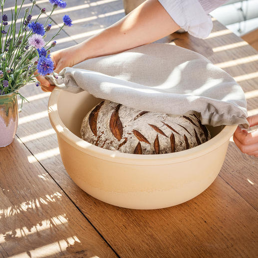 Pot à pain en céramique CeraNatur® Céramique respirante, pour conserver plus longtemps la fraîcheur du pain et retarder l'apparition de moisissures.