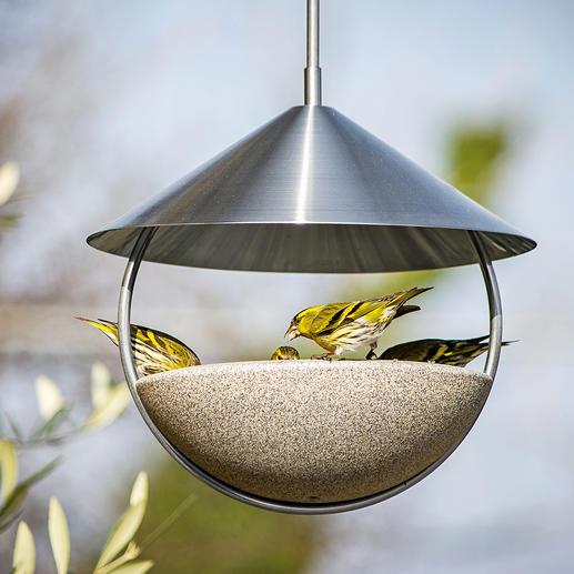 Bain à oiseaux suspendu Luca Ouvert tout autour pour une approche et une envolée libres. En Granicium®.