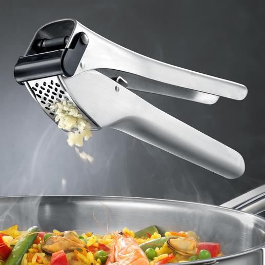 Presse-ail Garlico Presse-ail primé : avec chambre de pressage extra-large et racloir automatique.