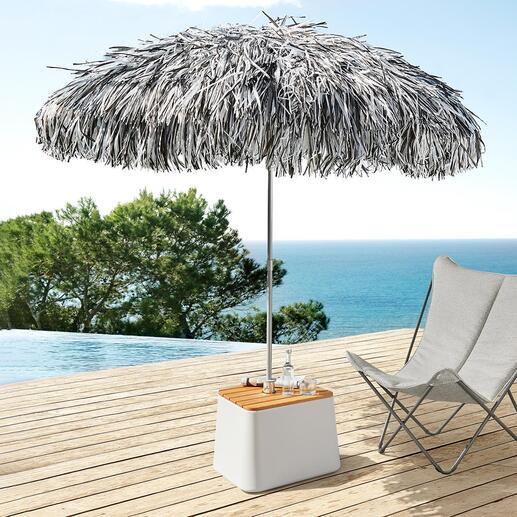 Parasol à franges Un objet spectaculaire qui attire l'œil dans le jardin, sur la terrasse, au bord de la piscine …