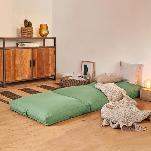 Matelas d'appoint 4-en-1 Un simple geste et ce matelas confortable se transforme en fauteuil, tabouret ou lit d'appoint confortable.