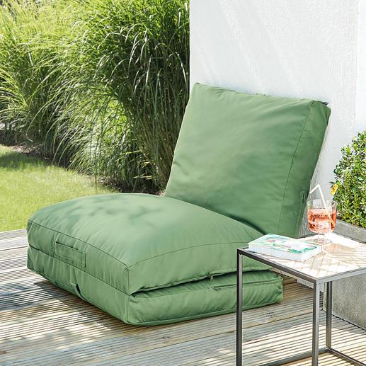 Déployer simplement un segment et l'adosser à un mur ou un parapet de balcon pour former un fauteuil confortable.