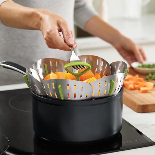 Insert en inox pliable pour cuisson à la vapeur Cuire à la vapeur n'a jamais été aussi facile et sécurisée.