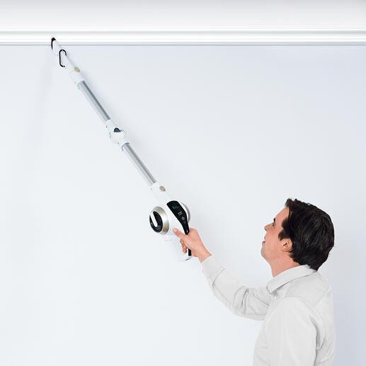 Utilisez ce poids plume 3-en-1 pour éliminer les toiles d'araignées, ôter la poussière des cadres de portes ou des tringles à rideaux...