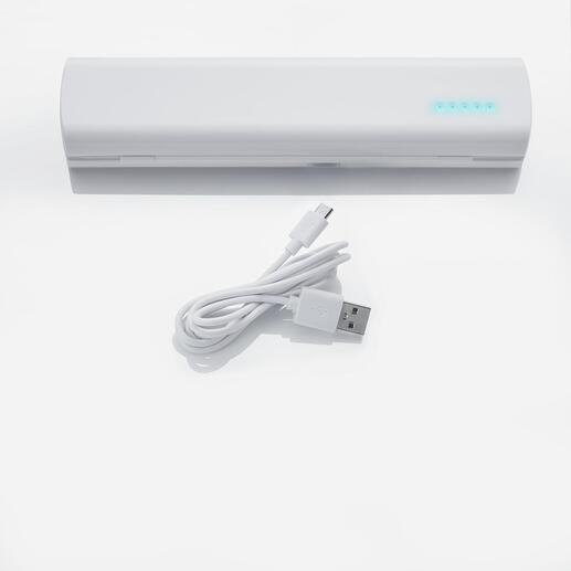 Si vous choisissez d'utiliser des piles rechargeables, vous pouvez également les charger avec le câble USB.
