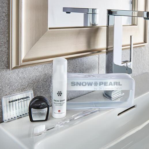 Kit de soin et blanchiment Snow Pearl, 5 pièces (flacon distributeur de 50 ml) Un luxe pour vos dents : soin idéal et blanchiment optimal – dans une trousse de voyage de qualité.