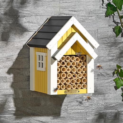 Hôtel à abeilles Un lieu sécurisé pour la nidification des abeilles solitaires. Un objet qui accroche le regard dans votre jardin.