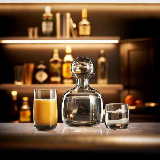 Collection ASA Design Carafe soufflée à la bouche avec les verres assortis en verre de grande qualité teinté dans la masse. Par ASA Selection, Allemagne.