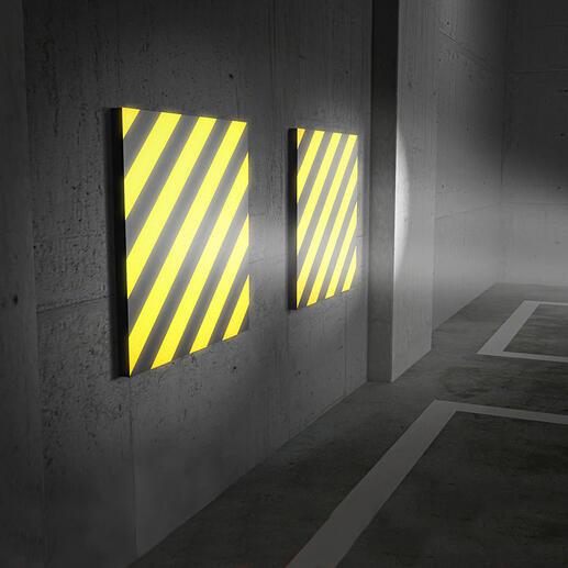 La lumière incidente se reflète très clairement sur les bandes de couleur jaune et noire: un véritable plus en matière de sécurité lorsque que vous vous garez.