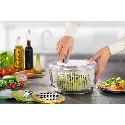 Essoreuse Multi-Prep™ JosephJoseph, 7pièces Une combinaison ingénieuse : une essoreuse à salade et 3 types de râpes à légumes en un seul ustensile.
