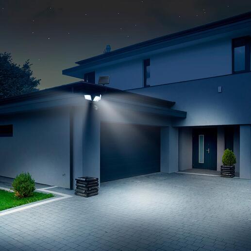 3 projecteurs orientables éclairent là où vous le souhaitez – même dans les coins et les angles.