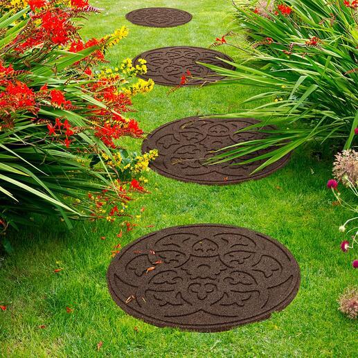 Dalles recyclées Médaillon, lot de 4 pièces Décoratives, durables et posées en un instant : les dalles au style médaillon, en pneus de voiture recyclés.