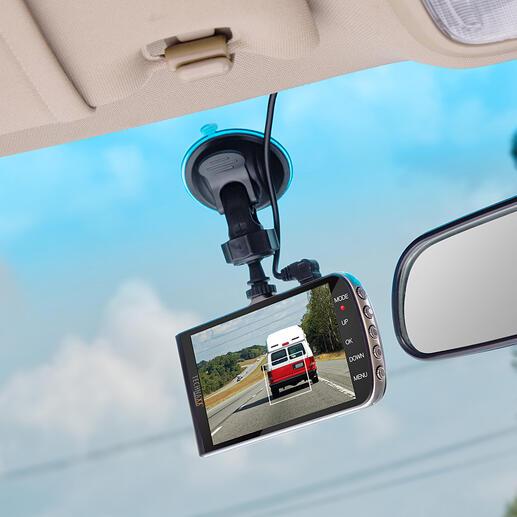 Caméra de voiture avec système d'assistance La caméra de voiture améliorée : une caméra vidéo Full HD et un système d'assistance triple en un seul accessoire.