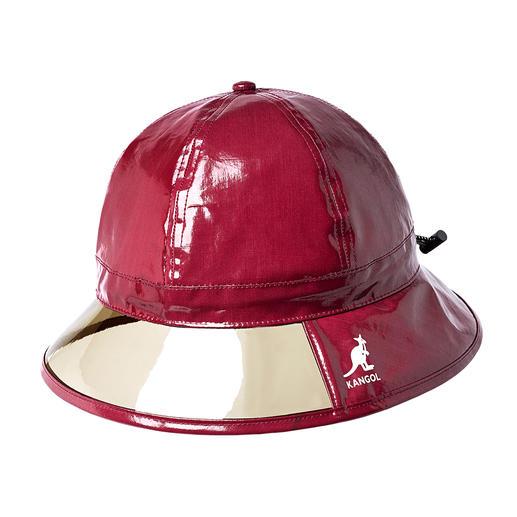 Chapeau de pluie Kangol® Avoir une bonne vue même par mauvais temps : le chapeau de pluie tendance avec bonne vision.