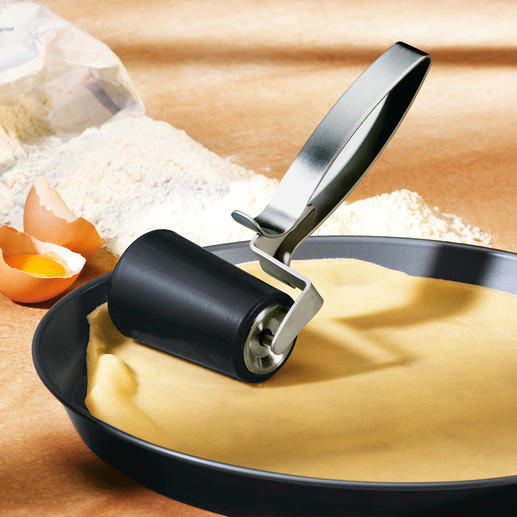 Rouleau à pâtisserie Etalez votre pâte – directement dans le moule de cuisson, y compris de forme ronde.