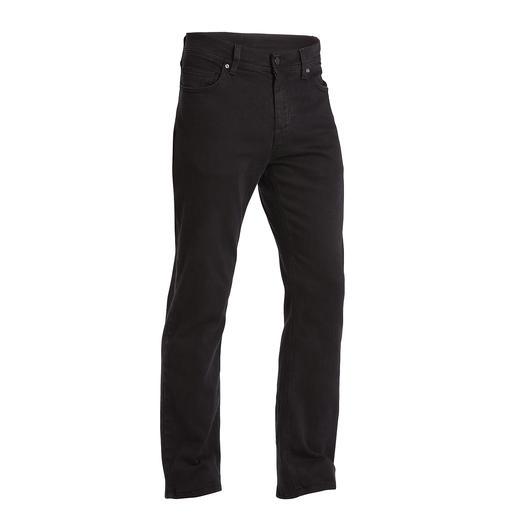 Lagerfeld-Jeans Thème phare : le denim clean, à la fois spécialité et marque de fabrique de Lagerfeld.