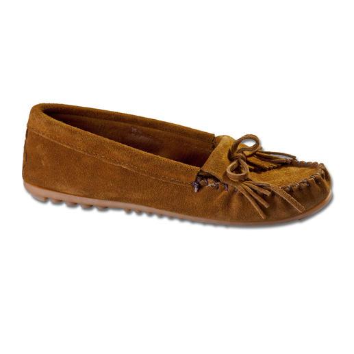Mocassins Minnetonka® Marcher comme sur de la mousse. Une tradition séculaire indienne, travaillée comme un véritable mocassin.