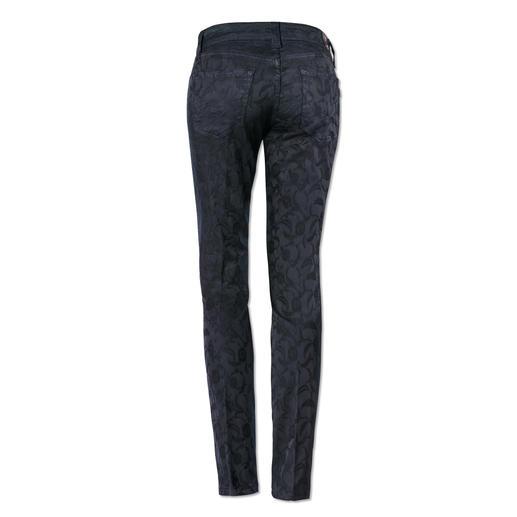 Jean jacquard de S.O.S Bien plus résistant que la plupart des jeans tendance à motif. Et bien plus élégant.