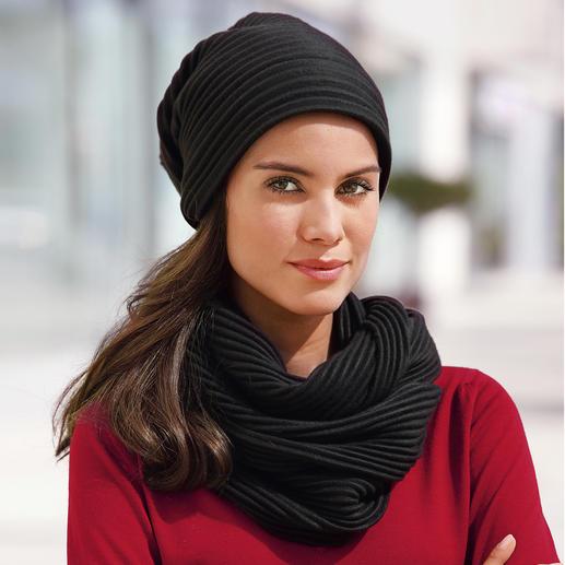 Bonnet beanie ou Écharpe à plis en laine polaire Un design suédois primé : « Pleece ». Extraordinairement élégant, doux et tenant bien chaud.