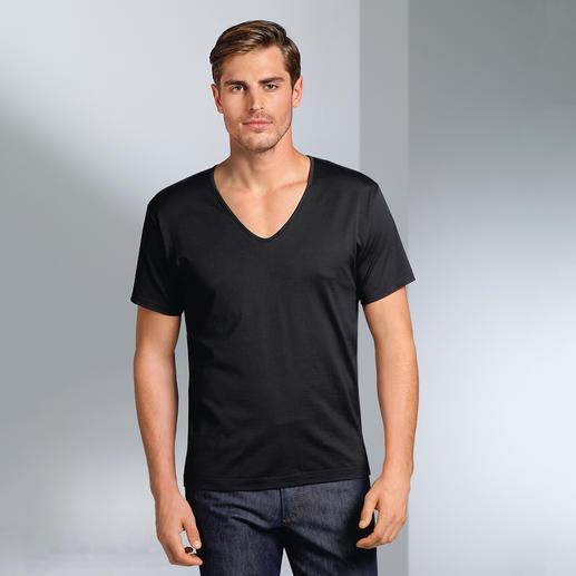 T-shirt Sunspel, col rond ou col en V Le maillot de corps fin pour homme. De Sunspel, Angleterre.