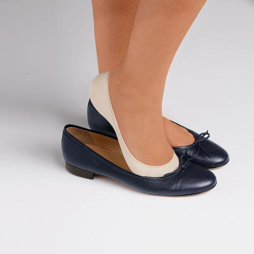 Mini-socquettes confort, lot de 4 Les socquettes idéales à la coupe bien large. Avec picots sur le talon et rembourrage.
