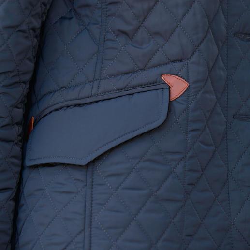 Veste matelassée d'équitation Aigle La veste d'équitation stylée pour tous les jours. Chic en ville. Déperlante. Doublée pour tenir bien chaud.