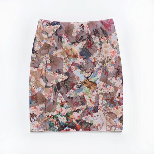 Jupe crayon gainante « ciel étoilé » Lola Paltinger Un imprimé tendance de ciel étoilé. Un pouvoir gainant invisible. À la fois jupe et lingerie sculptante.