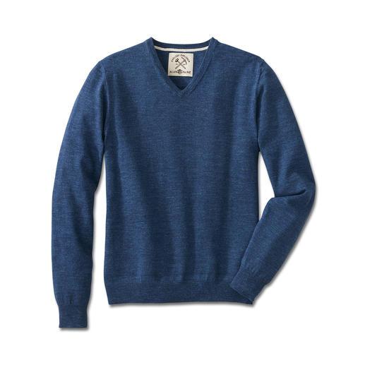 Pull denim Alan Paine Du coton pur, d'une rare intensité de couleur et ultradoux.