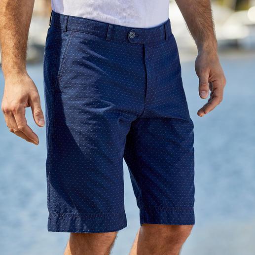 Bermuda en toile denim 4,5 oz Hoal Le bermuda en jean des gentlemen. Par le spécialiste du pantalon Hoal.