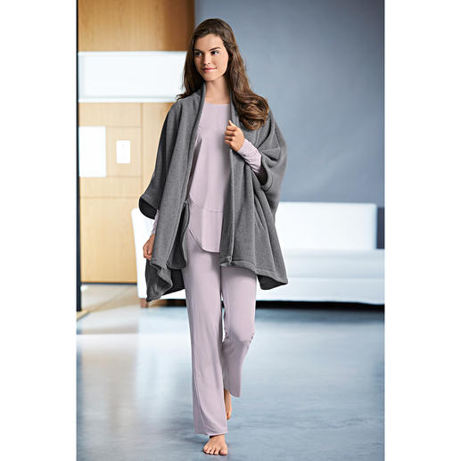 Ensemble d'intérieur MicroModal® ou Cape polaire Cornelie Weiss Un vêtement douillet est rarement si élégant.