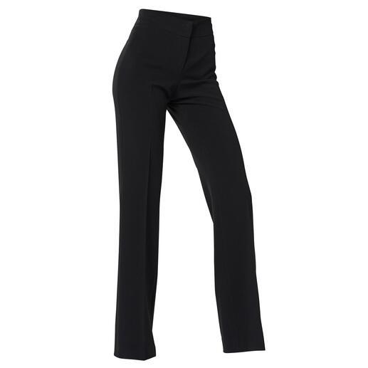 Pantalon d'affaires évasé Seductive Le pantalon évasé adapté au monde des affaires. Une coupe éprouvée, un tissu noble et une couleur classique.