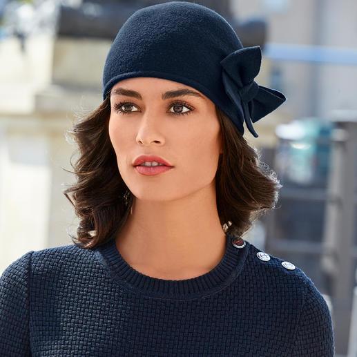 Bonnet à nœud Laulhère Probablement votre chapeau le plus facile à combiner. Ou votre bonnet le plus élégant.
