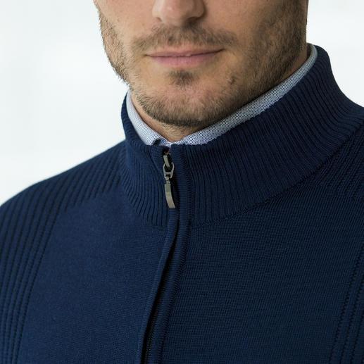 Veste en tricot Stereo-System® Une laine mérinos ultra fine à l'extérieure et du pur coton à l'intérieur.