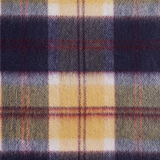 Écharpe en cachemire Lochcarron Un motif original trouvé dans les archives de l'un des plus anciens tisseurs de tartans.