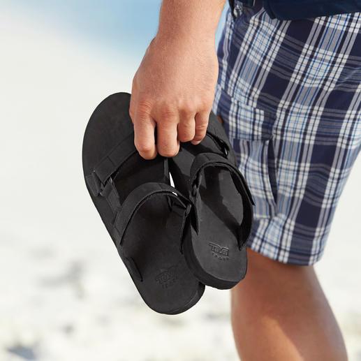 Sandales plates Teva® De la chaussure de trekking à la chaussure plate tendance en cuir.