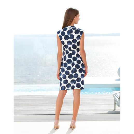 Robe Barbara Schwarzer Une élégante robe de créateur pour tous les jours et toutes les occasions.