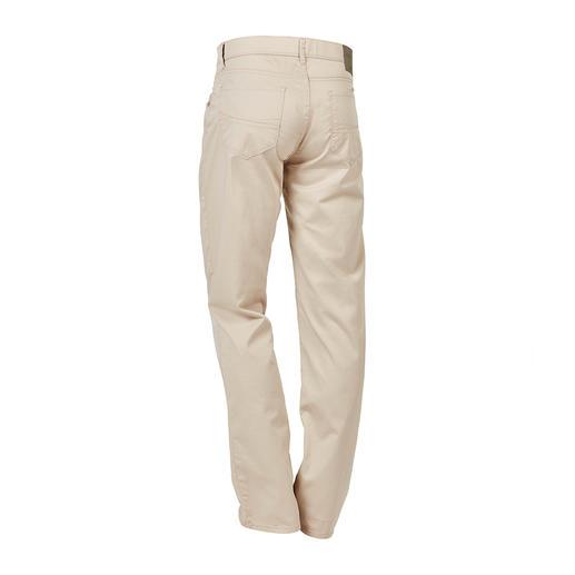 Pantalon Brax en coton ultra léger Le pantalon en coton le plus léger proposé au cours des 65 années d'existence de Brax.
