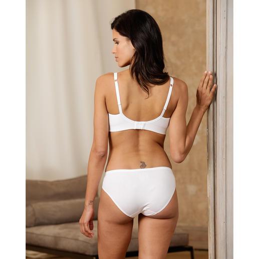 La lingerie bien-être SeaCell® Votre peau est nourrie & protégée rien qu'en portant la lingerie bien-être SeaCell® aux extraits d'algues.